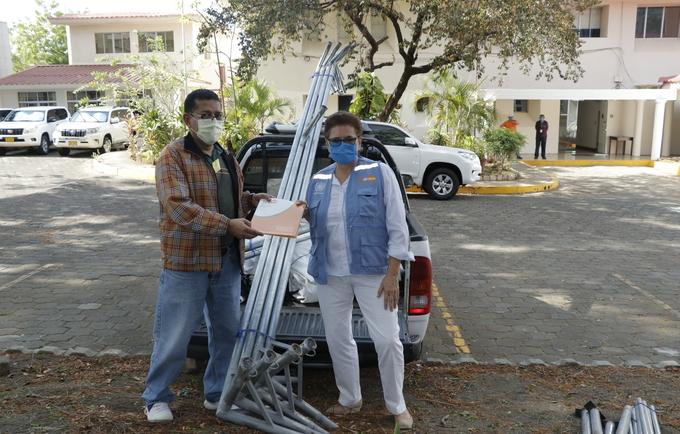 UNFPA entrega a MINSA carpa médica en respuesta humanitaria  ante el coronavirus en Nicaragua